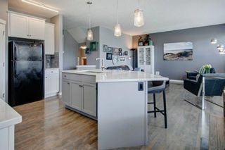 Photo 7: 192 Cougartown Close SW in Calgary: Cougar Ridge Detached for sale : MLS®# A1106763