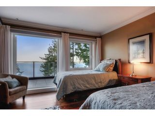 Photo 13: 12990 13TH AV in Surrey: Crescent Bch Ocean Pk. House for sale (South Surrey White Rock)  : MLS®# F1440679