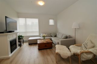 """Photo 4: 7 1188 WILSON Crescent in Squamish: Downtown SQ Townhouse for sale in """"Current"""" : MLS®# R2147164"""
