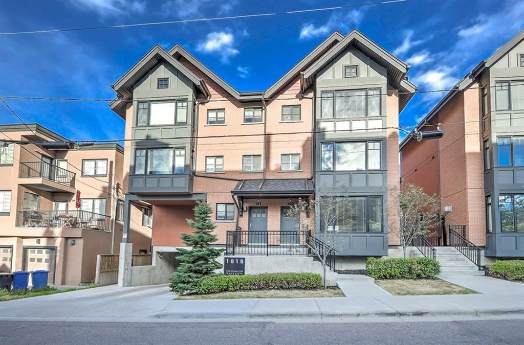 Main Photo: 102 1818 14A Street SW in Calgary: Bankview Row/Townhouse for sale : MLS®# A1113047