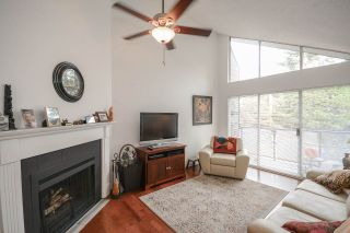"""Photo 2: 311 230 MOWAT Street in New Westminster: Uptown NW Condo for sale in """"HILLPOINTE"""" : MLS®# R2321033"""