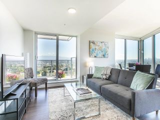 """Photo 2: 2205 285 E 10TH Avenue in Vancouver: Mount Pleasant VE Condo for sale in """"The Independent"""" (Vancouver East)  : MLS®# R2599683"""