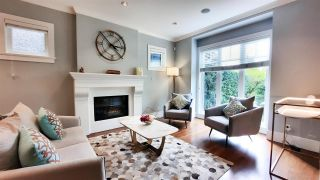 Photo 3: 3755 W 39TH Avenue in Vancouver: Dunbar House for sale (Vancouver West)  : MLS®# R2577603