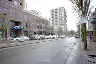 Photo 4: 3333 CLIVE Avenue in Vancouver: Collingwood VE House for sale (Vancouver East)  : MLS®# R2618942