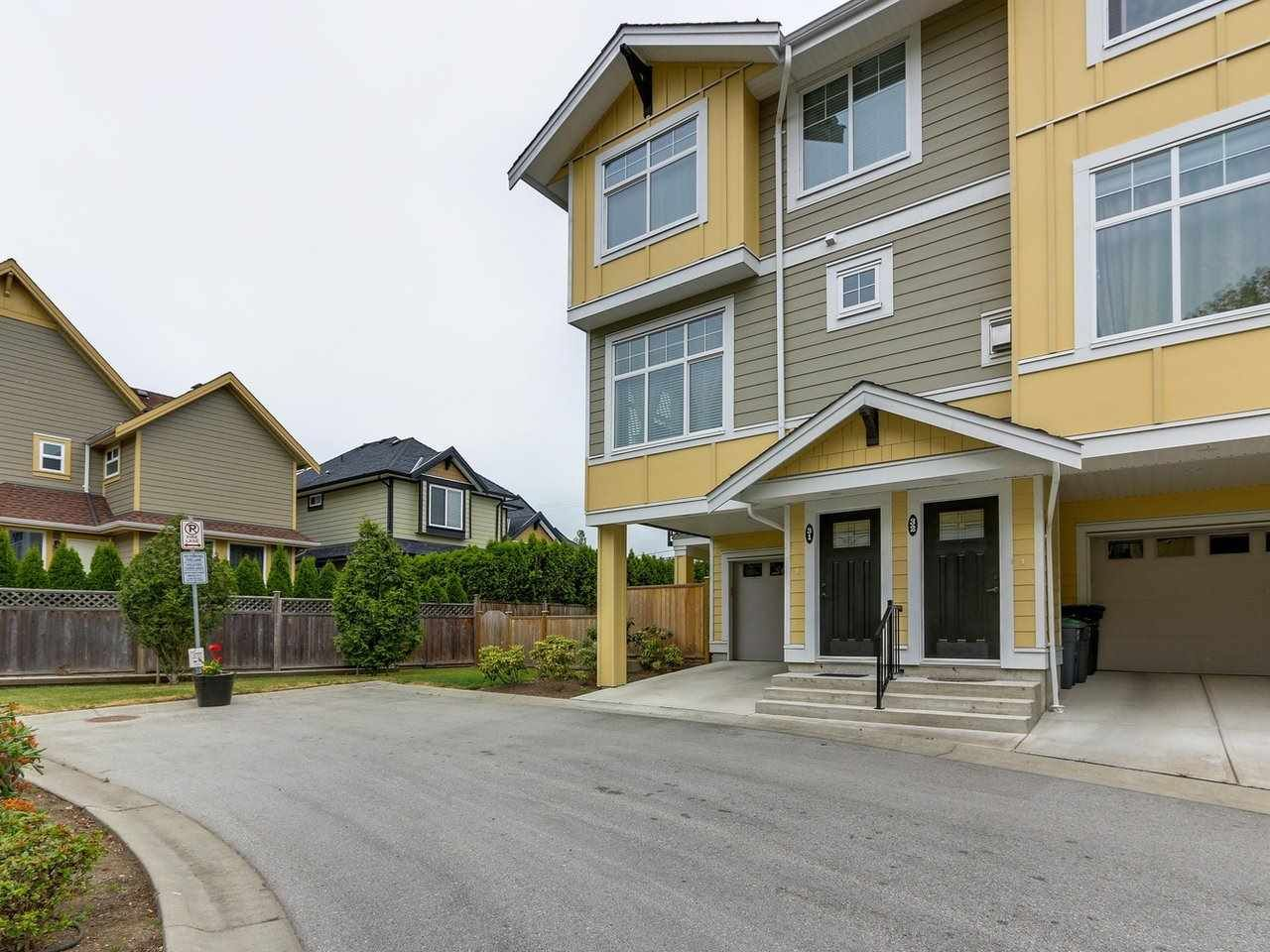 """Photo 18: Photos: 31 17171 2B Avenue in Surrey: Pacific Douglas Townhouse for sale in """"AUGUSTA TOWNHOUSES"""" (South Surrey White Rock)  : MLS®# R2280398"""