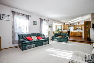 Photo 16: 9293 SANTANA Crescent NW in Calgary: Sandstone Valley Detached for sale : MLS®# A1019622
