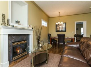 """Photo 3: 122 33751 7TH Avenue in Mission: Mission BC Townhouse for sale in """"HERITAGE PARK PLACE"""" : MLS®# F1426580"""