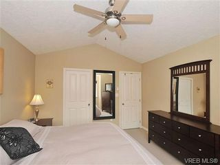 Photo 10: 104 Thetis Vale Cres in VICTORIA: VR Six Mile House for sale (View Royal)  : MLS®# 656097