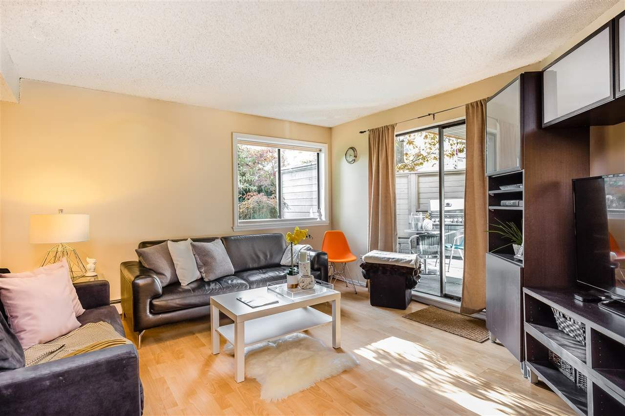 Main Photo: 226 1500 PENDRELL STREET in : West End VW Condo for sale : MLS®# R2413386