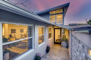 Photo 2: MOUNT HELIX House for sale : 5 bedrooms : 9255 Mollywoods Avenue in La Mesa