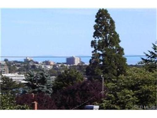 Main Photo:  in VICTORIA: Es Old Esquimalt Condo for sale (Esquimalt)  : MLS®# 425019