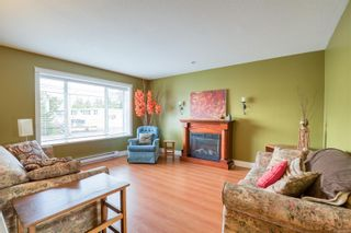 Photo 2: 563 Fifth St in : Na University District House for sale (Nanaimo)  : MLS®# 866025