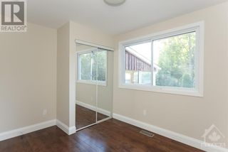 Photo 15: 102 STARWOOD ROAD UNIT#A in Ottawa: House for rent