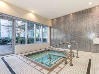 """Photo 10: 605 821 CAMBIE Street in Vancouver: Downtown VW Condo for sale in """"Raffles on Robson"""" (Vancouver West)  : MLS®# R2450056"""