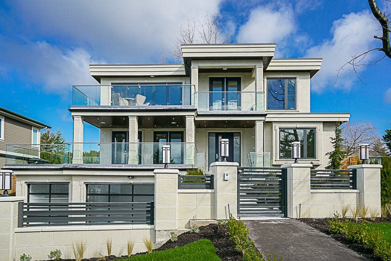 Main Photo: 15437 KYLE Court: White Rock House for sale (South Surrey White Rock)  : MLS®# R2523260
