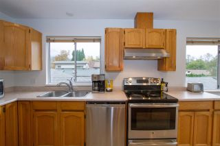 Photo 15: 38812 NEWPORT Road in Squamish: Dentville House for sale : MLS®# R2510331