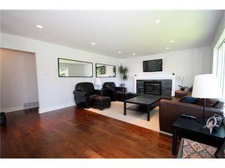 """Photo 2: 888 51A Street in Tsawwassen: Tsawwassen Central House for sale in """"TSAWWASSEN CENTRAL"""" : MLS®# V932121"""