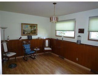 Photo 4: 612 HARTFORD Avenue in WINNIPEG: West Kildonan / Garden City Residential for sale (North West Winnipeg)  : MLS®# 2909689