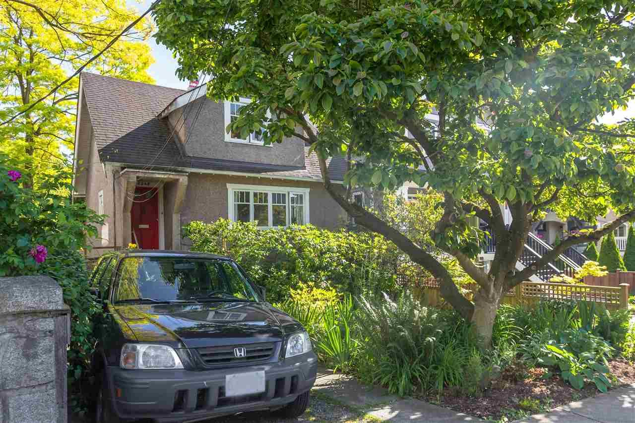 Main Photo: 2540 W 5TH Avenue in Vancouver: Kitsilano House for sale (Vancouver West)  : MLS®# R2616892