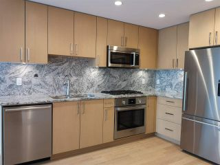 """Photo 1: 601 1708 ONTARIO Street in Vancouver: Mount Pleasant VE Condo for sale in """"PINNACLE ON THE PARK"""" (Vancouver East)  : MLS®# R2533031"""
