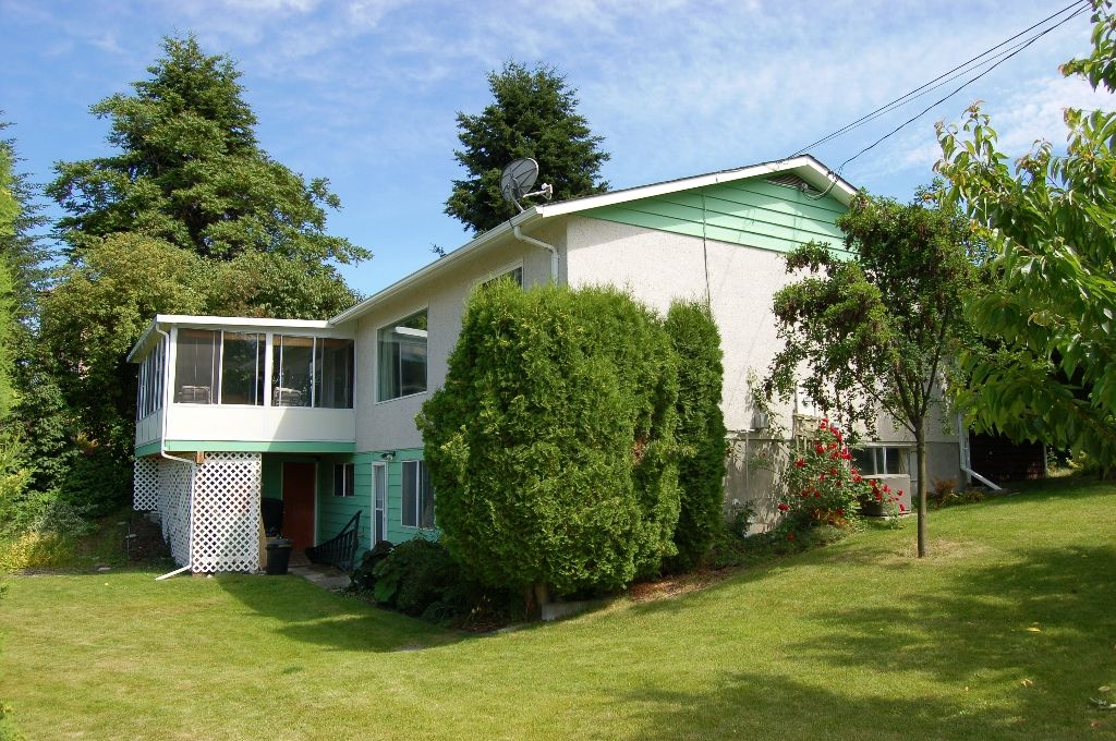 Main Photo: 12801 BELL STREET in Summerland: Multifamily for sale : MLS®# 131562