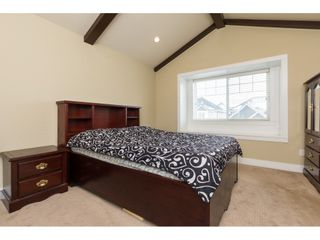 Photo 10: 7057 148A Street in Surrey: East Newton House for sale : MLS®# R2239216