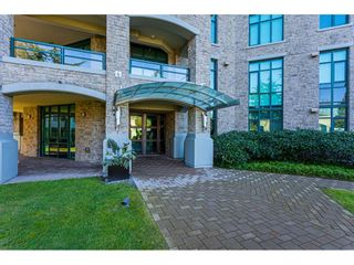 """Photo 3: 304 14824 NORTH BLUFF Road: White Rock Condo for sale in """"The BELAIRE"""" (South Surrey White Rock)  : MLS®# R2534399"""