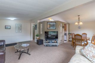 "Photo 3: 6512 BJORN Place in Sechelt: Sechelt District House for sale in ""West Sechelt"" (Sunshine Coast)  : MLS®# R2194852"