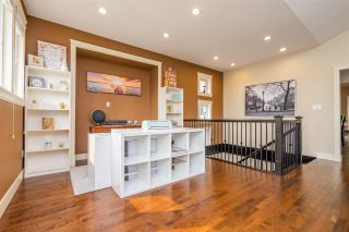 """Photo 10: 35685 ZANATTA Place in Abbotsford: Abbotsford East House for sale in """"Parkview Ridge"""" : MLS®# R2299146"""