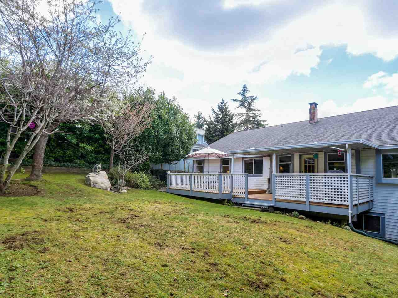 """Photo 19: Photos: 2559 BLUEBELL Avenue in Coquitlam: Summitt View House for sale in """"SUMMITT VIEW"""" : MLS®# R2064204"""