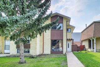 Main Photo: 34 Temple Place NE in Calgary: Temple Semi Detached for sale : MLS®# A1131453