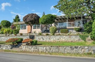 Main Photo: 2395 MATHERS Avenue in West Vancouver: Dundarave House for sale : MLS®# R2618707