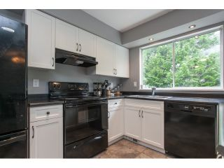 "Photo 4: 27 3087 IMMEL Street in Abbotsford: Central Abbotsford Townhouse for sale in ""Clayburn Estates"" : MLS®# R2065106"