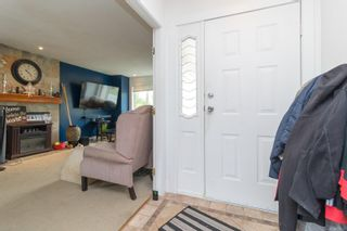 Photo 5: 2689 Myra Pl in : VR Six Mile House for sale (View Royal)  : MLS®# 879093