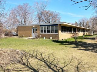 Photo 1: 700 Government Road in Davidson: Commercial for sale : MLS®# SK844258