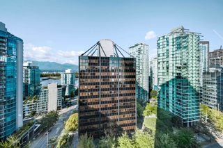 """Photo 16: 1710 1367 ALBERNI Street in Vancouver: West End VW Condo for sale in """"The Lions"""" (Vancouver West)  : MLS®# R2615507"""