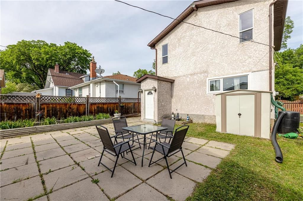 Photo 25: Photos: 805 Madeline Street in Winnipeg: West Transcona Residential for sale (3L)  : MLS®# 202114224