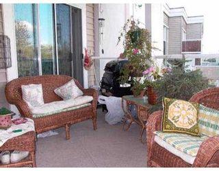 """Photo 5: 301 12025 207A ST in Maple Ridge: Northwest Maple Ridge Condo for sale in """"THE ATRIUM"""" : MLS®# V552715"""