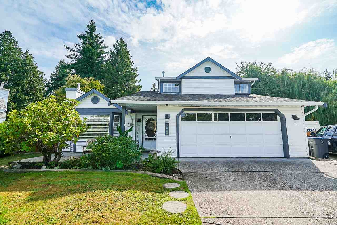 """Main Photo: 5882 169A Street in Surrey: Cloverdale BC House for sale in """"Richardson Ridge, Jersey Hill"""" (Cloverdale)  : MLS®# R2397193"""
