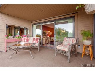 Photo 5: 207 485 Island Hwy in VICTORIA: VR Six Mile Condo for sale (View Royal)  : MLS®# 702261