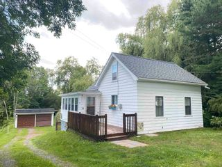 Photo 1: 1042 Cavelle Avenue in Canning: 404-Kings County Residential for sale (Annapolis Valley)  : MLS®# 202118965