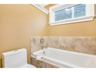 "Photo 18: 15348 VICTORIA Avenue: White Rock House for sale in ""White Rock"" (South Surrey White Rock)  : MLS®# R2522906"