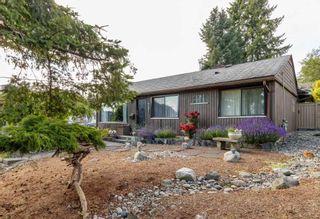 Photo 2: 721 QUADLING Avenue in Coquitlam: Coquitlam West House for sale : MLS®# R2384626