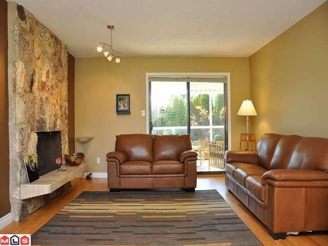 """Photo 2: Photos: 11054 BRIDLINGTON Drive in Delta: Nordel House for sale in """"ROYAL YORK"""" (N. Delta)  : MLS®# F1222010"""