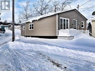 Photo 10: 54 Main Street in Lewisporte: House for sale : MLS®# 1225489