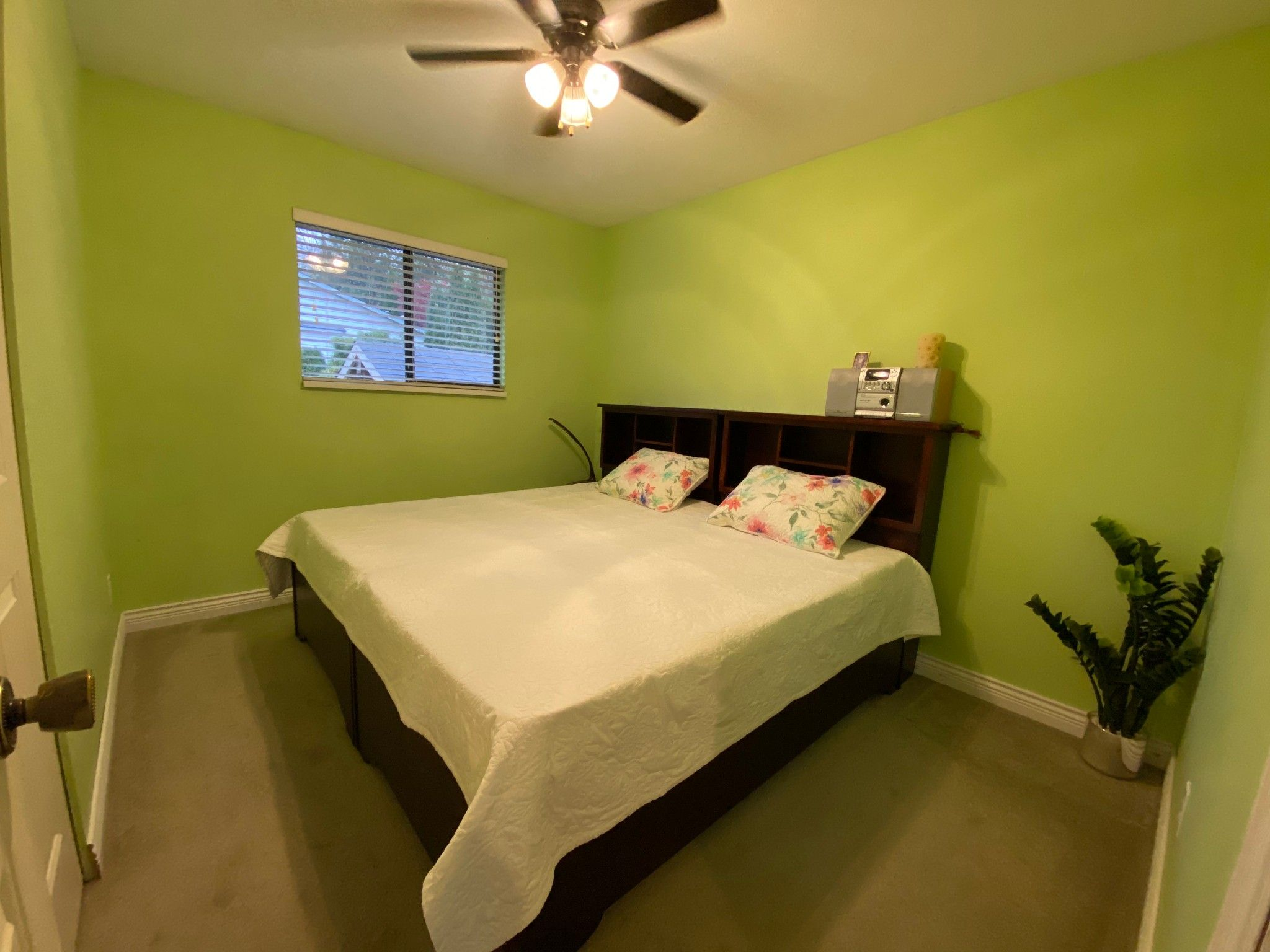 Photo 11: Photos: Upper 3293 Horn St. in Abbotsford: Central Abbotsford House for rent