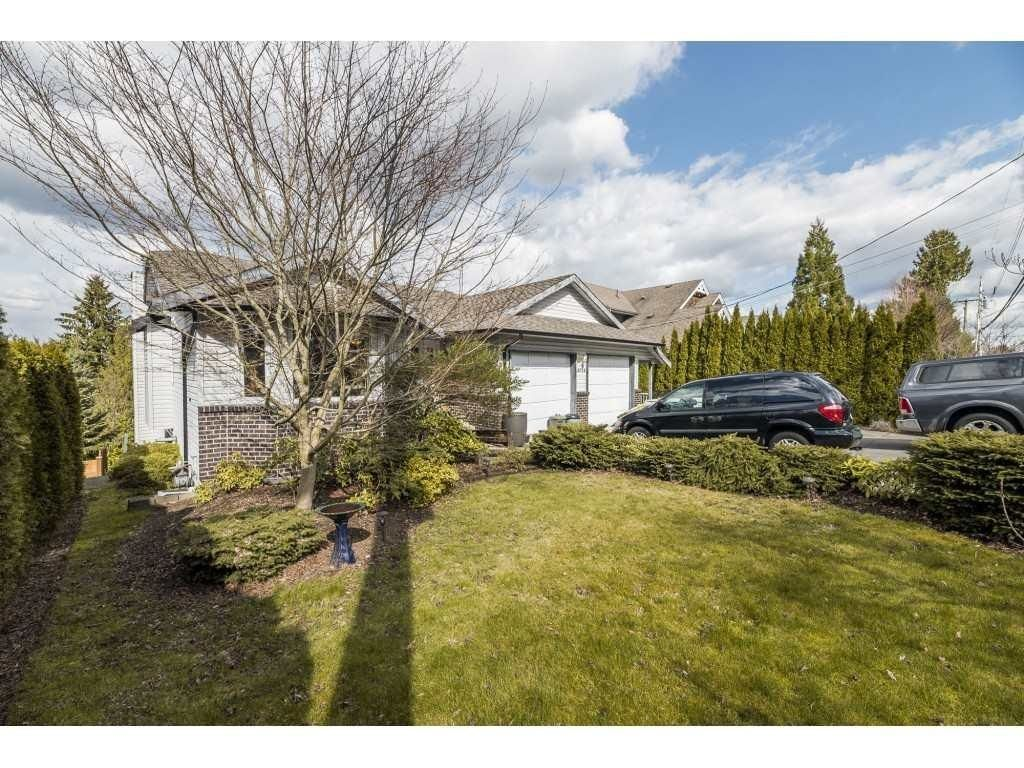 Main Photo: 20715 46A AVENUE in Langley: Langley City House for sale : MLS®# R2605944