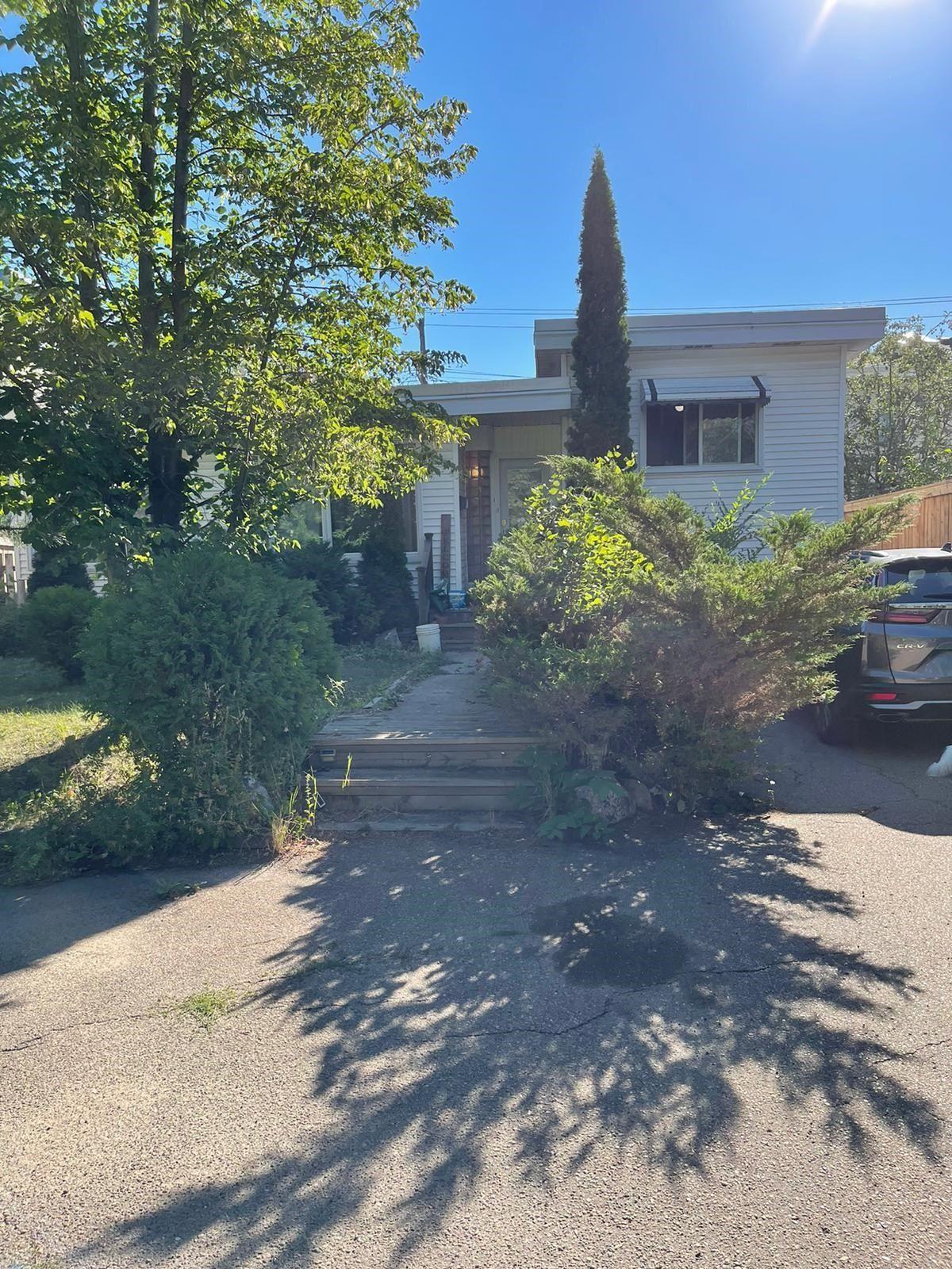 Main Photo: 8923 117 Street in Edmonton: Zone 15 House for sale : MLS®# E4259271