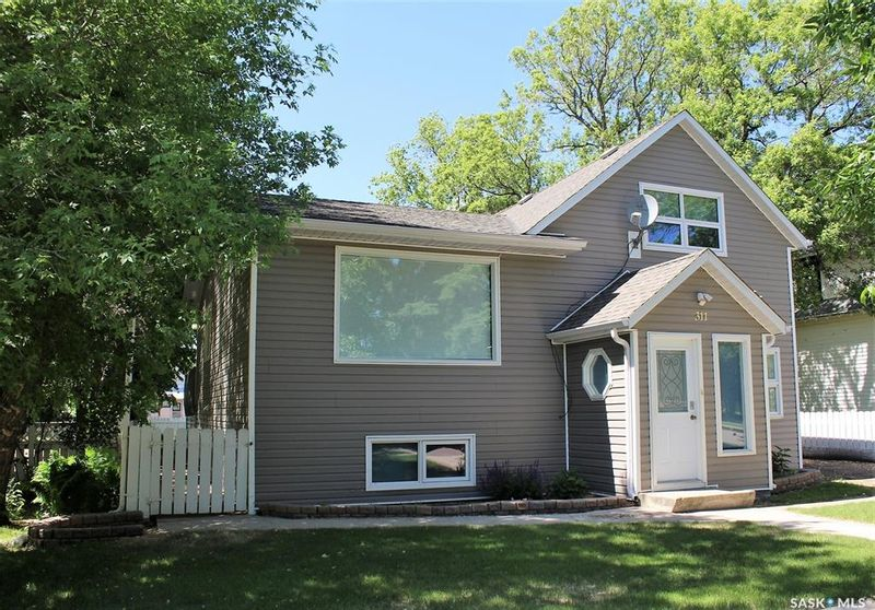 FEATURED LISTING: 311 Main Street Wilkie