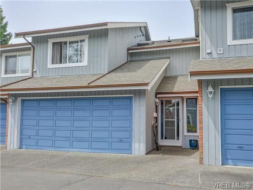 Main Photo: 10 1950 Cultra Ave in SAANICHTON: CS Saanichton Row/Townhouse for sale (Central Saanich)  : MLS®# 731836